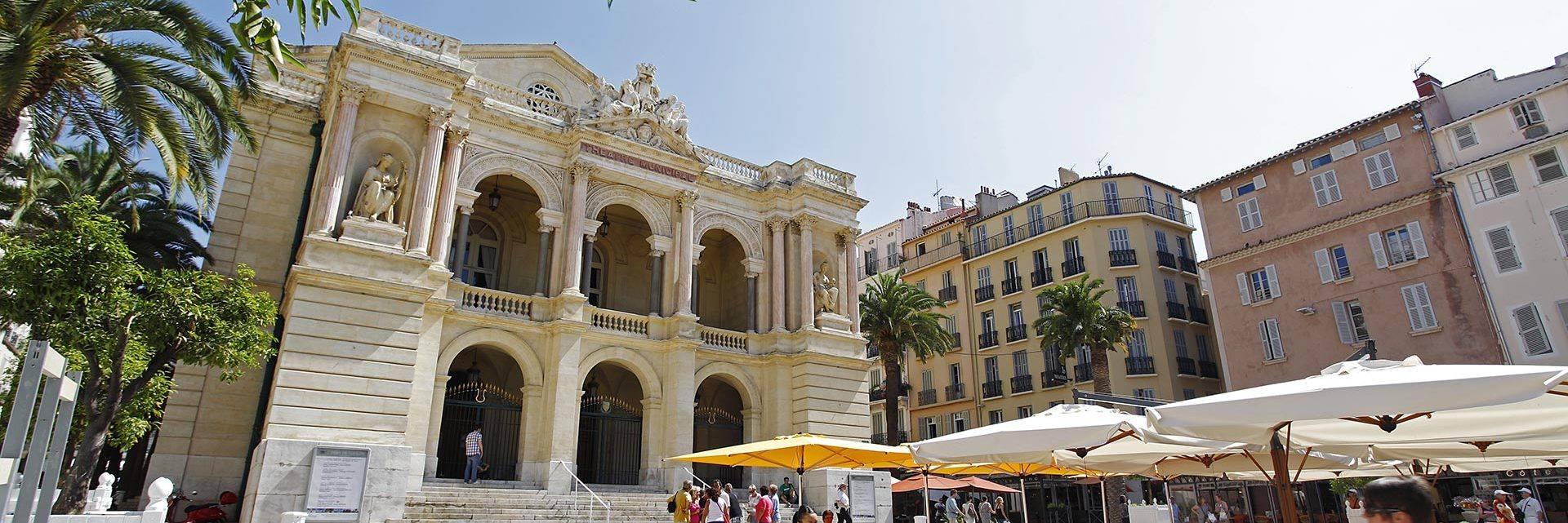 Place de l'Opéra à Toulon