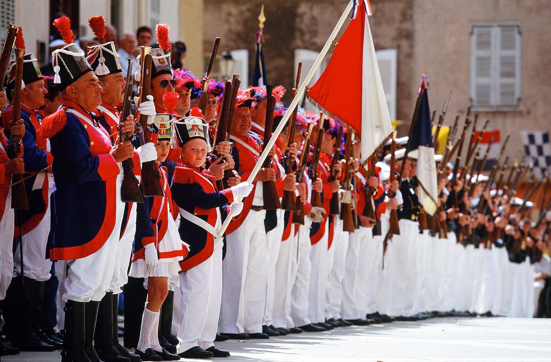 Les Bravades à Saint Tropez