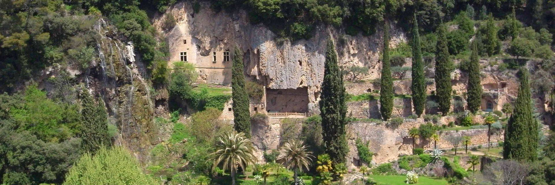 Grottes et parc de Villecroze