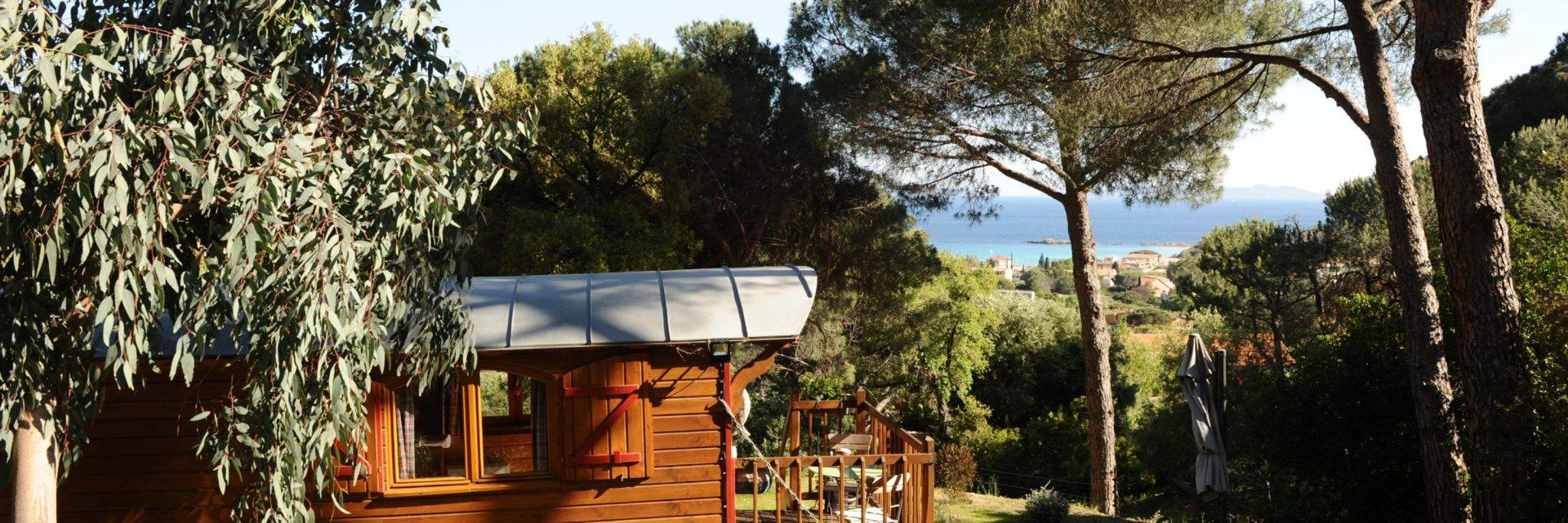 Villa Thalassa - roulotte Pelagos - au Lavandou