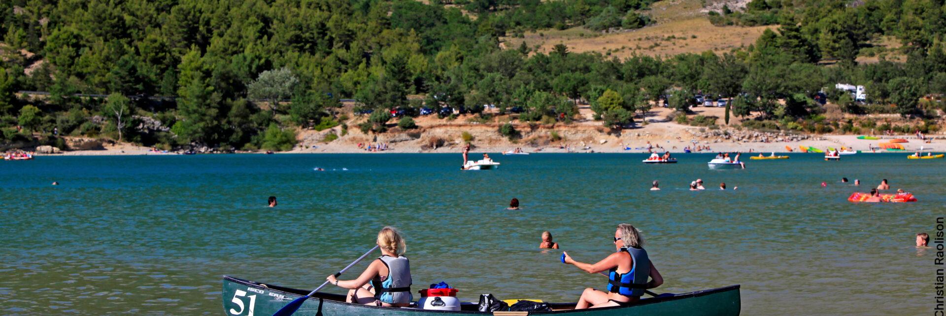 Canoe sur le Lac de Sainte-Croix à Aiguines