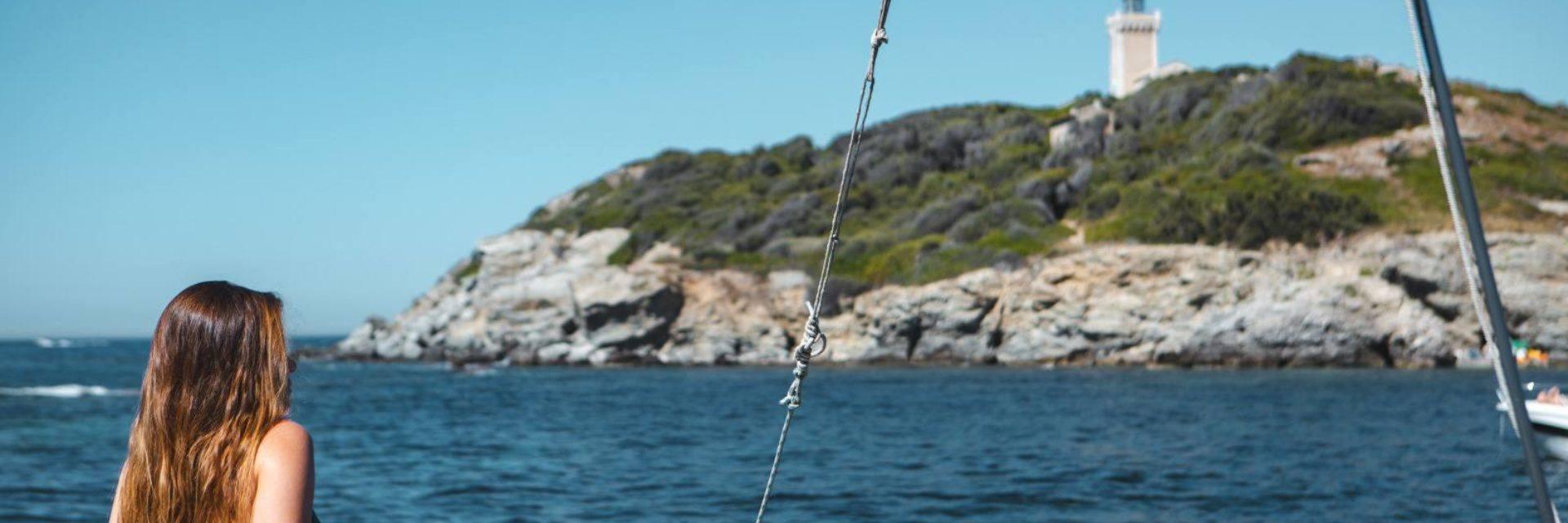 Balade en voilier autour de l'île des Embiez